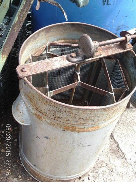 Honey Extractor Spinner Beekeeping Equipment A And D